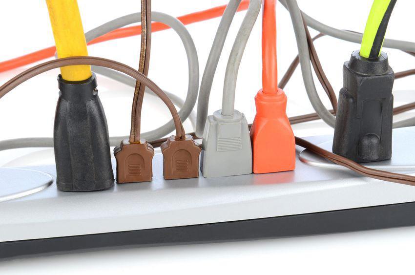 Amazon Com Lock In Plug Lock Amp Secure Any Plug Cable