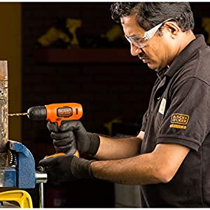 Black and Decker 7.2 V, Lithium-Ion Compact Cordless Drill