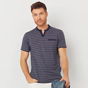 GUESS Men's Crew Neck Small Sleeve