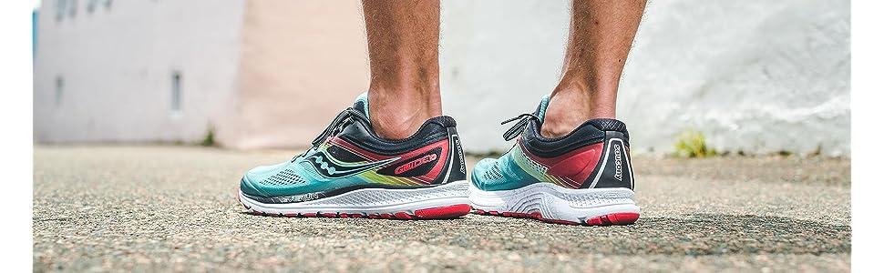 Amazon.com   Saucony Men's Guide 10 Running Shoes   Road