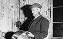 創設者 John E.Jonsson