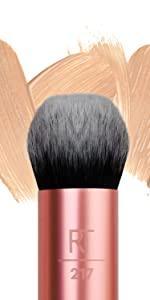 Expert Edge Large Makeup Brush