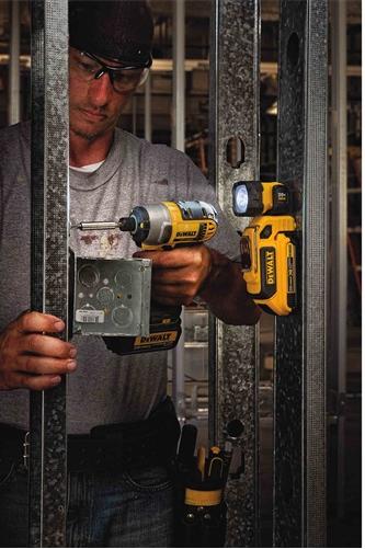 Dewalt Dcl044 20v Max Led Hand Held Work Light Amazon Com
