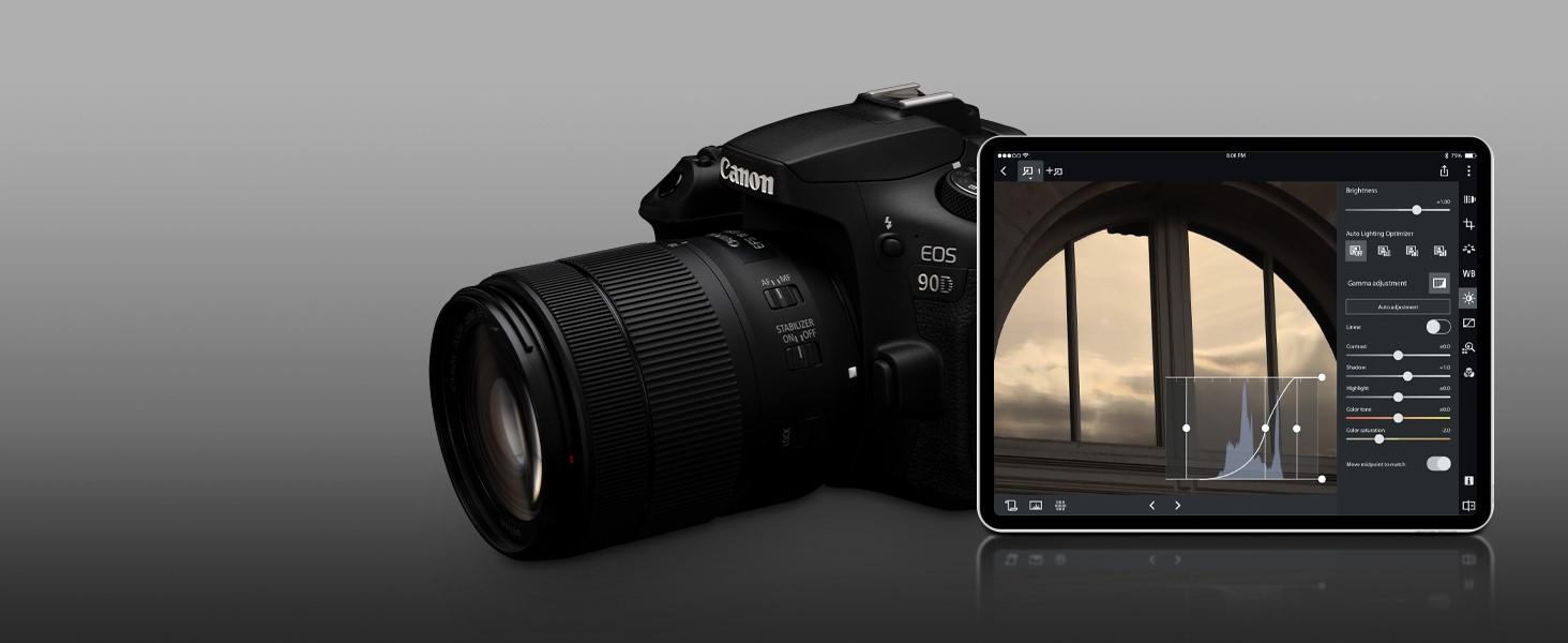 Canon 90D Digital SLR Camera with 18-135 is USM Lens