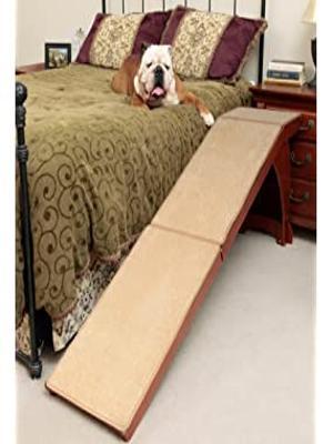 Petsafe Cozyup Bettrampe Für Hunde Und Katzen Robuster Rahmen Unterstützt Bis Zu 54 4 Kg Möbelqualität Holz Haustierrampe Mit Kirsch Finish Hochlauf Teppich Oberfläche Ideal Für ältere Tiere Haustier