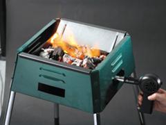 ロゴス 送風機 BBQガンブロー バーベキューの火起こしに 着火用具 折りたたみ式 単三電池使用