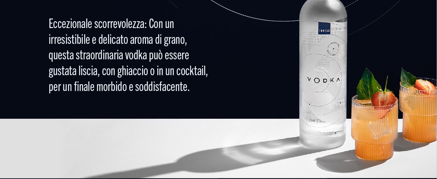 vodka deve la sua eccezionale scorrevolezza a un processo di distillazione in sei fasi. Offre un
