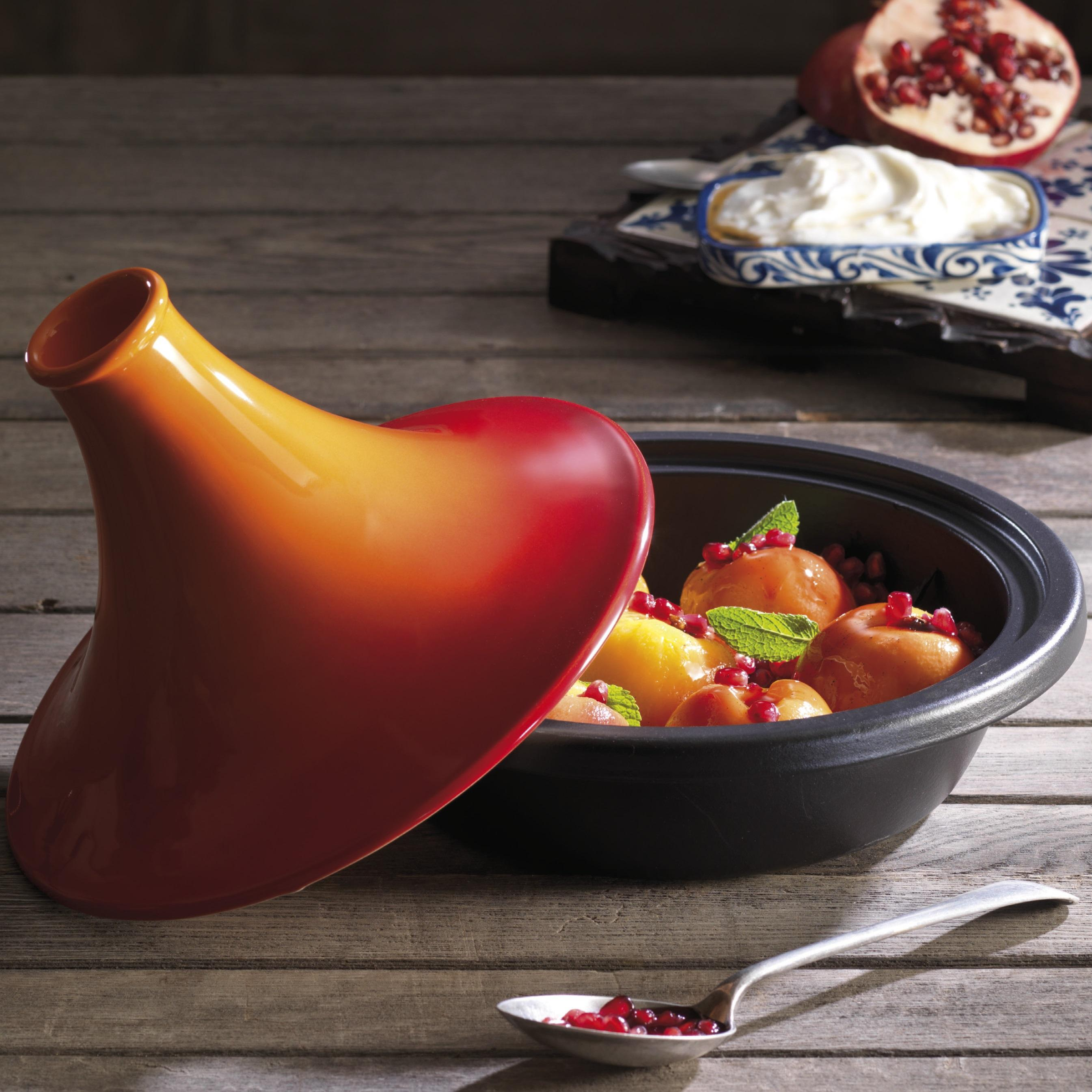 le creuset gusseisen spezialpfanne tagine 27 cm kirschrot k che haushalt. Black Bedroom Furniture Sets. Home Design Ideas