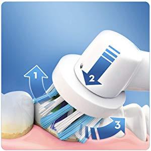 Oral-B Vitality 100 Spazzolino Elettrico Ricaricabile Braun, 1 Manico Bianco, 1 Testina di Ricambio CrossAction