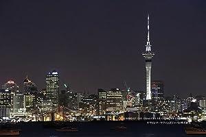 夜景も室内も、隅々までクリアに。常用ISO感度ISO100~25600※