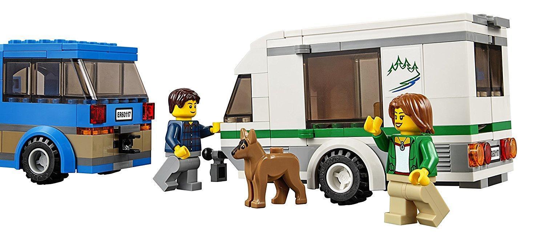 Amazon.com: LEGO City Great Vehicles Van & Caravan 60117