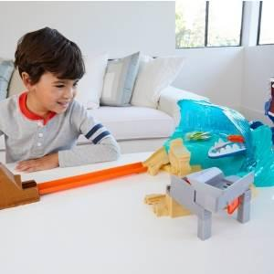 Save Hot Wheels City from the Giant Shark