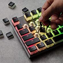 Stylish HyperX keycap removal tool included