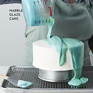 martha stewart;cake cookbook;cake baking;baking;gifts for bakers;gifts for mom;cake decorating;cake