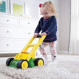 Amazon Com John Deere Electronic Lawn Mower Toys Amp Games