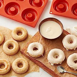 Non-Stick Silicone Donut Pans