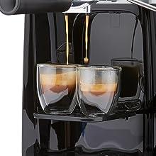 dispensing 2-cup espresso showing rich cream