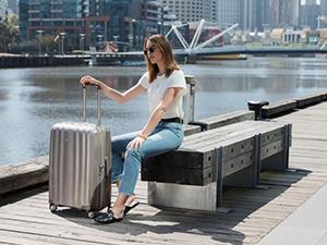 Bagages, sac à dos, sacs de voyage, valise, polochon, spinner, debout, cabine, enregistrement, tsa