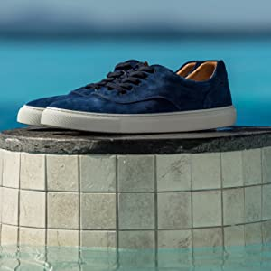 mens fashion trainers blue