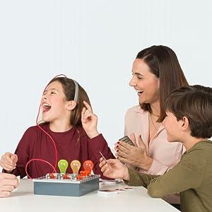 maquina de la verdad, mentiras, juego, juego de mesa, juego familia