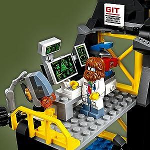 Amazon.com  LEGO Ninjago Movie Garmadon s Volcano Lair 70631  Toys ... 8ea4f5784