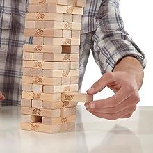 jenga; juegos; pulso; bloques; juegos de mesa; torre madera; juegos familia; juego divertido; hasbro