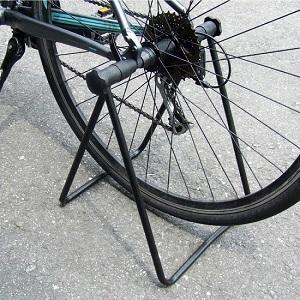 AZ 自転車用折り畳みスタンド 使用例