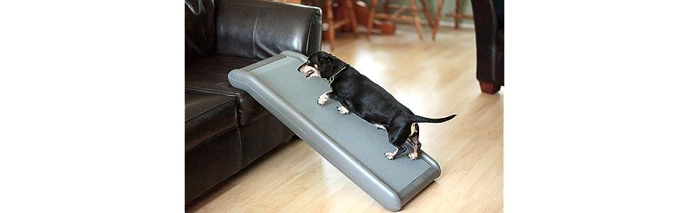 a4c18a8d4c Amazon.com   Solvit Half Ramp II Pet Ramp   Pet Door Safety Ramps ...
