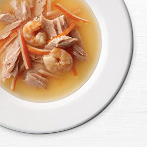 Cat complement broth with shrimp, vegetables and protein shreds