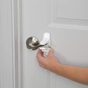 Operating the OutSmart Lever Lock & Amazon.com : Safety 1st OutSmart Lever Lock White : Baby