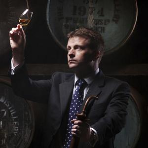 ウイスキー ウィスキー シングルモルト スコッチ マッカラン ボウモア グレンフィディック ラフロイグ オーク