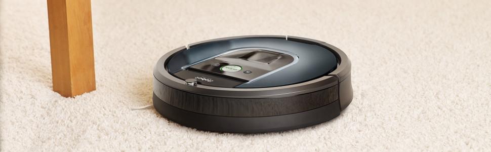 robot sprzątający iRobot Roomba 981 odkurza dywan