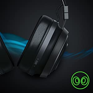 Razer Nari Ultimate ナリ アルティメット ゲーミング ヘッドセット THX 立体音響 サラウンド ワイヤレス 無線 PS4 PC windows 振動 HyperSense