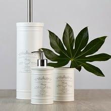 De badkameraccessoires serie Home van Wenko brengt trendy landelijke stijl in elke badkamer gastentoilet