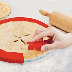 Pie Shield protecting crust