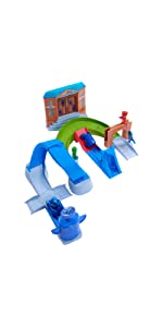 pj masks headquarters, catboy, catcar, super hero playset