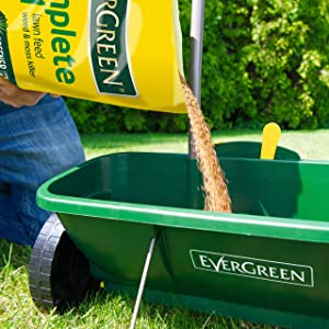 It is recommended that your apply EverGreen Complete 4-in-1 with a suitable lawn spreader