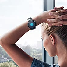 Featuring a beautiful AMOLED display, HUAWEI WATCH GT 2 offers highly accurate touch response
