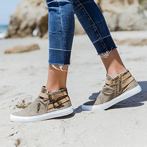 Mondo Fashion Sneaker