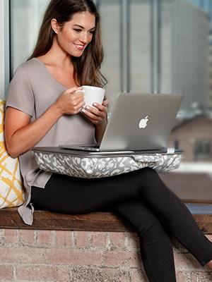 designer, lap desk, lapdesk, lapgear, cushion, pillow, design, media desk, wood surface