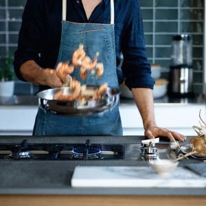 WMF Permadur Premium Set de 3 sartenes de Acero Inoxidable de 20, 24 y 28 cm, con Antiadherente para Todo Tipo de cocinas Incluido inducción