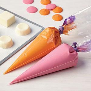 decorating buttercream, buttercream frosting, decorating bag, piping bag, icing bag, pastry bag