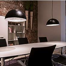 Suspension argentée pour intérieur de table à manger - Design élégant.