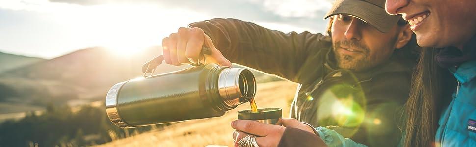 スタンリー 保温 保冷 スタンレイ マグ ボトル クーラー 水筒 アメリカ 頑丈 冷たい 温かい 飲みやすい 持ち運びやすい クラシック 真空 マスター ソロ ソロテント