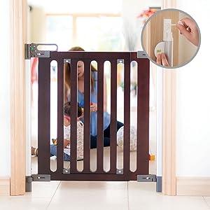 77cm X 76cm-96cm Fred Screw Fix Wooden Child/'s Safety Stair Gate