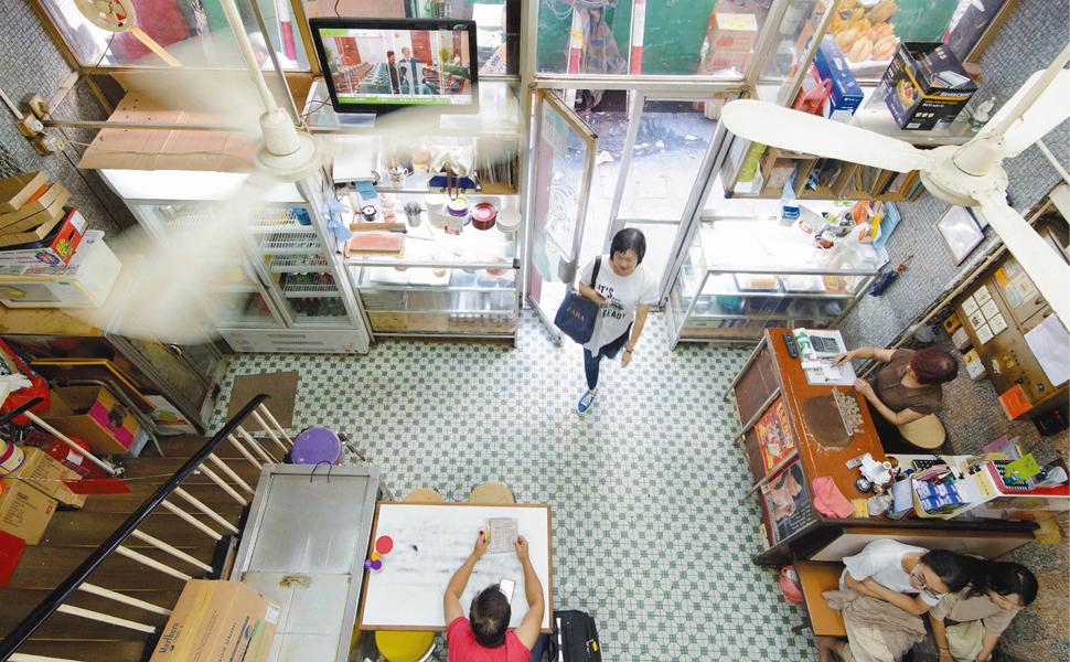 香港 名物食堂 茶餐廳