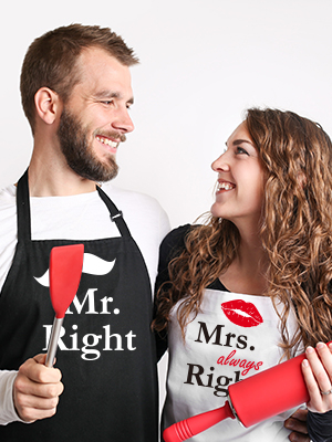 Mr. & Mrs. Couples Apron