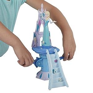 Elsa em cima do palácio
