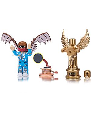 Amazon Com Roblox Celebrity Collection Celebrity Collection The Clouds Flyer The Golden Bloxy Award Two Figure Bundle Includes 2 Exclusive Virtual Items Toys Games