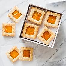 Apricot Linzer Cookies